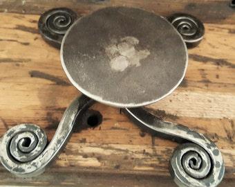 Candleholder with Swirls