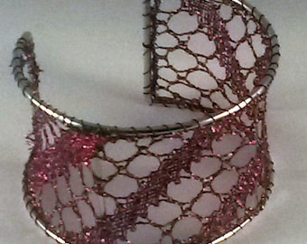 Glittery dark red lace bangle