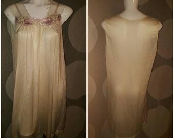 Vintage night gown-Bust size 21 inches across-Estimated large-Pretty flower decoration-Nylon-Romantic-Honeymoon-Bride-Virgin-Wedding-Soft