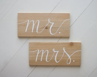 Mr. and Mrs. wedding signs, chair signs, wedding photo prop