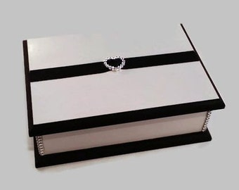 Elegant Keepsake Box White & Black