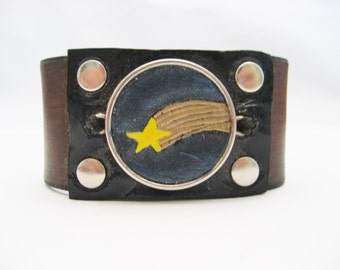Shooting Star Bracelet Hand Carved Leather Bracelet Shooting Star Leather Cuff Brown Leather Bracelet Real Leather Shooting Star Jewelry