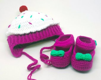 Crochet Baby Girl Cupcake Hat and Shoe