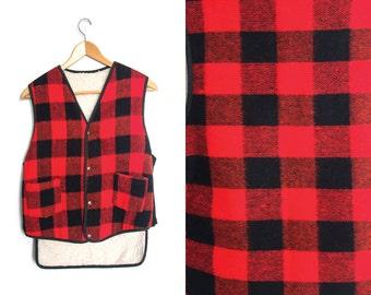 Vintage lumberjack jacket. Sleeveless jacket coat. Red & black. Plaid jacket. Checkered jacket. Work jacket. Outdoor camping.