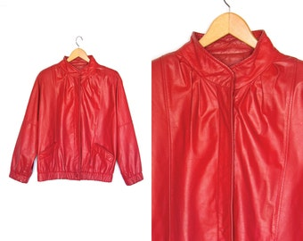 Vintage red leather coat. 80s Leather coat. Leather jacket. Shoulder pads. Womens coat.