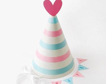 2 x Happy BirthDay Party Cone Hat / Heart / Home decor