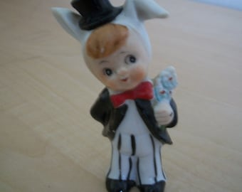 Figurine, little boy magician, Made in Japan