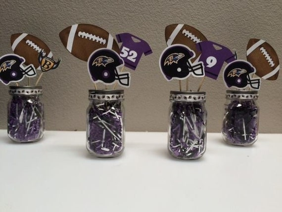 football themed centerpieces super bowl party centerpiece. Black Bedroom Furniture Sets. Home Design Ideas