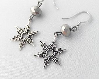 Snowflake Earrings w/ Bead - Winter Earrings - Dangle Earrings Silver