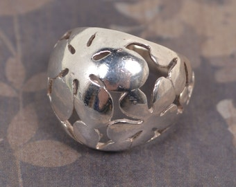 Vintage Modernist, Sterling Silver, Flowered Statement Ring