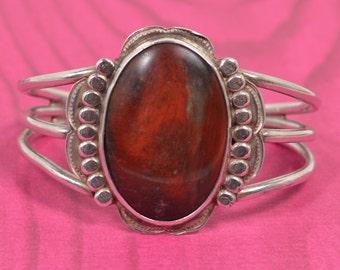 Beautiful Vintage 925 Sterling Silver & Carnelion Stone Cuff Bracelet