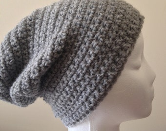 Slouchy beanie || The Bellona || in Gray Heather