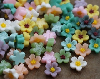 25pcs-12mm Mixed Color Resin Flower Cabochon FlatBack Decor Embellishment Plum Blossom Resin Cabs Delicate Flowers for Hair Pin