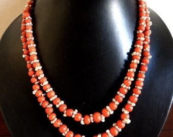 Ancient coral necklace and natural pearls