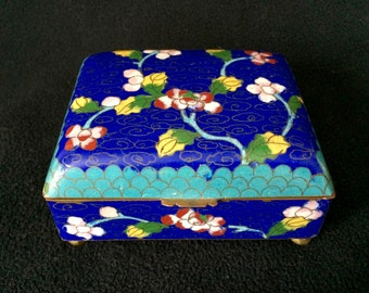 Antique Chinese Cloisonné Hinged Box Blue with Flowers