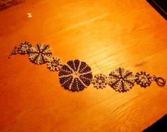 Early September ~ ORIGINAL DESIGN Beadweave Bracelet