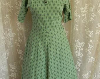 Vintage late 1940's Medallion print dress
