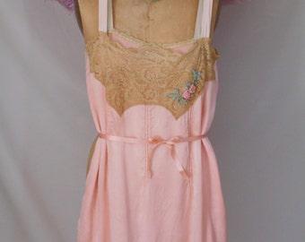 Beautiful 1920's Flapper/boudoir/Lingerie Peach Silk Teddy