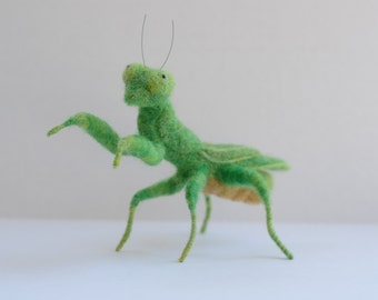 Needle Felted Praying Mantis, Praying Mantis Sculpture