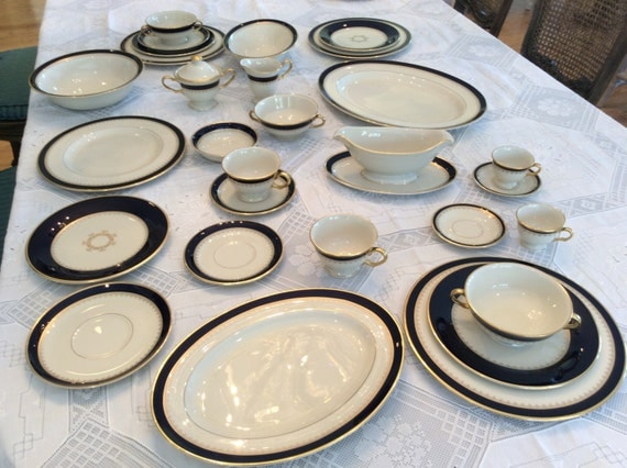 Fine China Dinnerware Place Setting Pickard Bone China