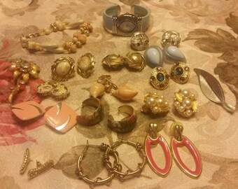 17 Piece Vintage Earrings, bracelet, Pins, and Watch Lot