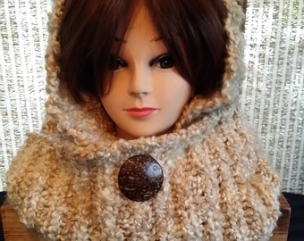 Large cowl with big button