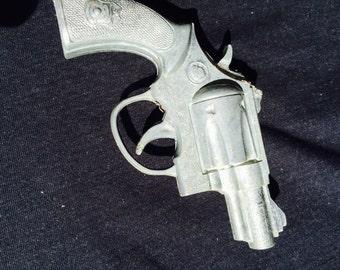Bulldog toy cap gun