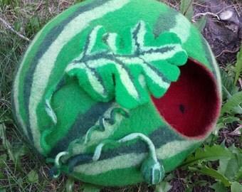 cat bed/ cat cave/ cat house/ cat nap cocoon/ Watermelon