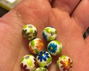 Hand Painted Flower Beads (8)
