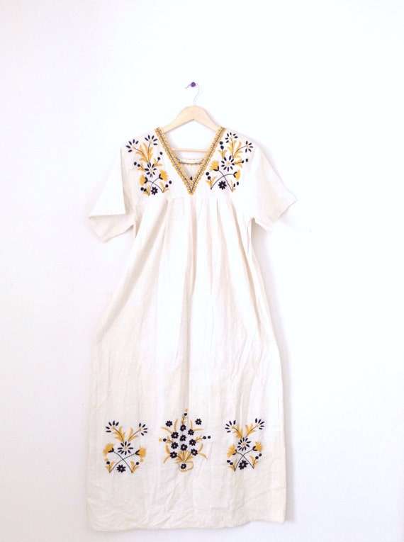 Vintage mexican embroidered linen maxi dress