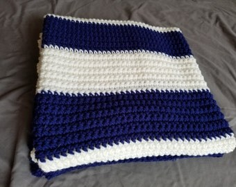Crocheted baby blanket- Navy blue and cream