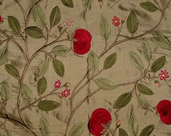 LEE JOFA KRAVET Floral Embroidered Silk Fabric 10 Yards Antique Gold  Crimson Green