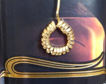 Hoop pendant,Circle jewelry,Geometric jewelry,Gold Hoop Necklace