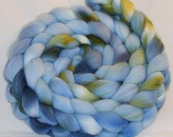 Benny - White Gum Wool Sliver (17 micron Australian Merino)