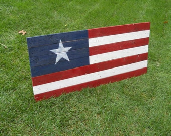 "American Flag Reclaimed Wall Hanger 45"" x 21"""