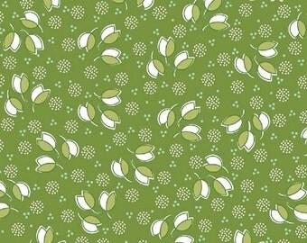 Hazel 40840 8 Green Tossed Flowers