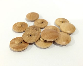 12pcs - 20mm Light Brown Wooden Buttons - Clasp Hook Vertical Shank Button