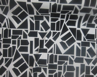 Black & White Abstract Print Jersey Knit Fabric by the Yard Print Jersey Fabric Apparel Fabric Rayon Spandex Ponte DeRoma Fabric