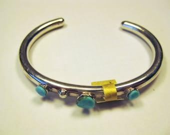 Kingman Turquoise Stone Cabochon Sterling Silver Bracelet No. 552