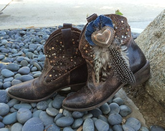"""Boots """"FEATHER HEART"""""""