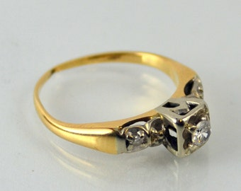 Vintage 1920's Diamond Engagement Ring in 14 Karat Yellow Gold Antique Art Deco