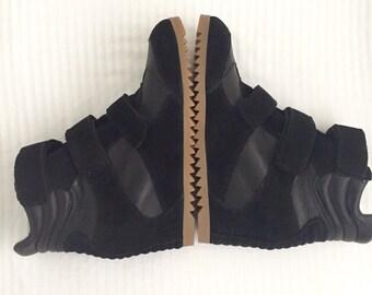 New!! Bryan Blake black suede/leather wedge sneaker