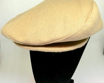 80s VTG Flat Top Driving Hat Golf Buttoned Brim Tan Medium to Large