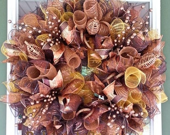 Front door wreath, Everyday Wreath, Mesh Wreath, Brown Wreath