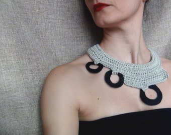 Bib necklace, crochet necklace, felt jewellery, yarn necklace, cotton yarn, felt necklace
