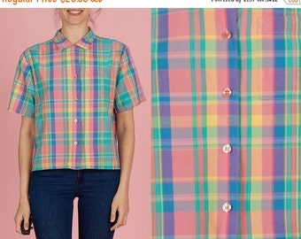 SUMMER SALE ON Sale Vintage 90s Colorful Plaid Pendleton Medium / Large Short Sleeve Button Up Shirt