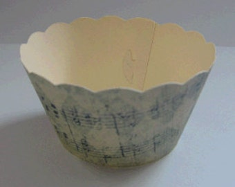 CUPCAKE WRAPPERS - Vintage Printed Music Design x 10 cup cake wraps ~ Cream CCVL09