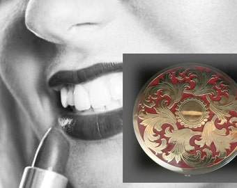 Large, Elegant Vintage Red and Gold Compact by Rex Fifth Avenue
