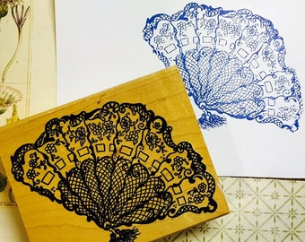 Lacy Fan Mounted Wooden Block Rubber Stamp