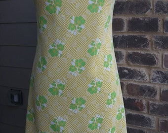 SwEEt N sUnnY 60s Dress